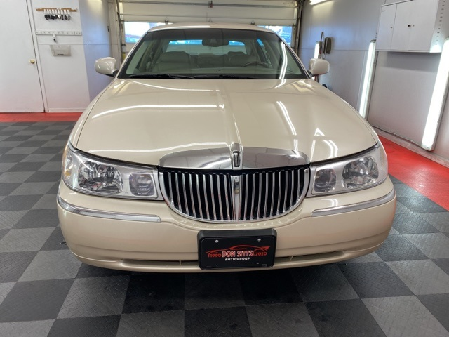 2000 Lincoln Town Car Cartier L for sale at Don Sitts Auto Group
