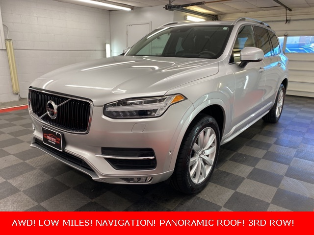 2019 Volvo XC90 T6 Momentum for sale at Don Sitts Auto Group