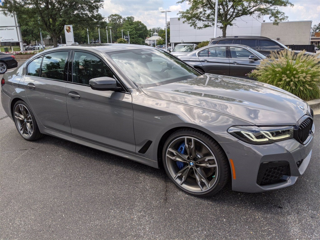 2022 BMW 5 Series M550i xDrive