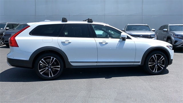 2018 Volvo V90 Cross Country T5 4D Wagon