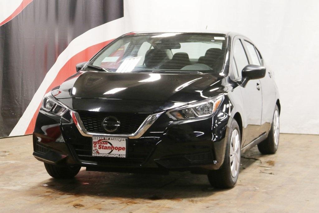 2020 Nissan Versa 1.6 S 4dr Car Slide 0