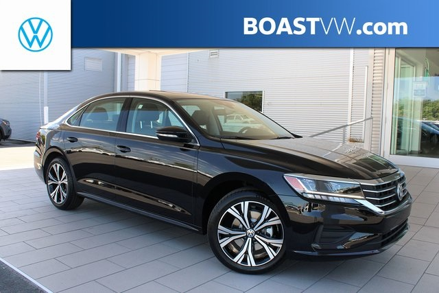 2021 Volkswagen Passat 2.0T SE photo