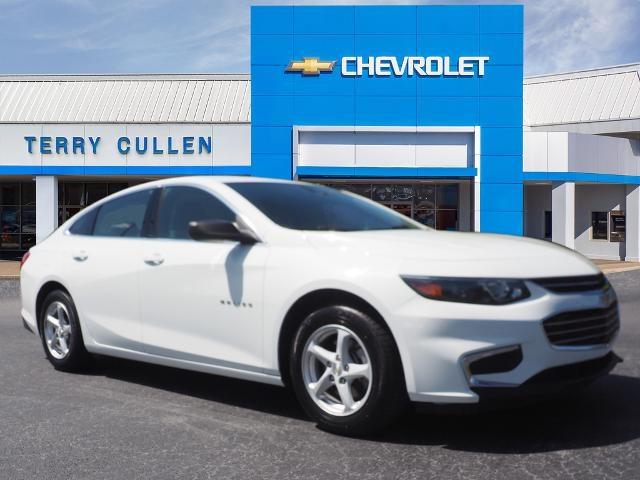 2017 Chevrolet Malibu LS photo