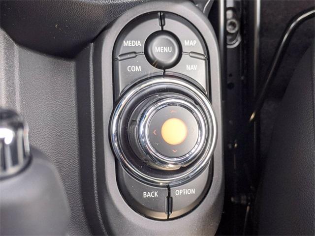 2021 MINI Cooper S photo