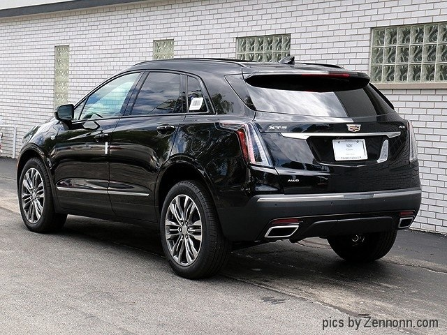 2020 Cadillac XT5 Sport photo