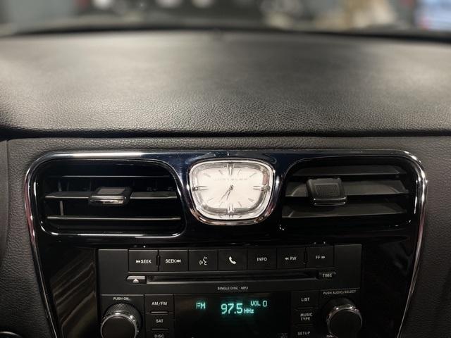 2011 Chrysler 200 Touring
