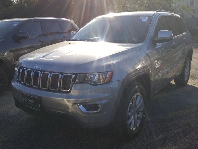 2021 Jeep Grand Cherokee Laredo photo
