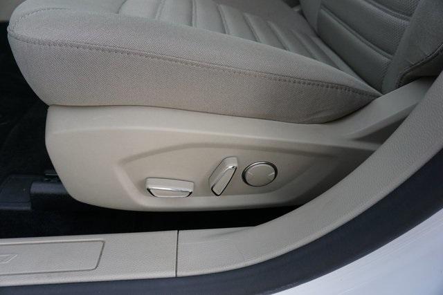 2019 Ford Fusion 4dr Car