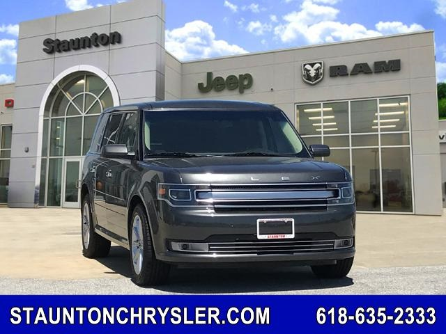 The 2018 Ford Flex Limited photos