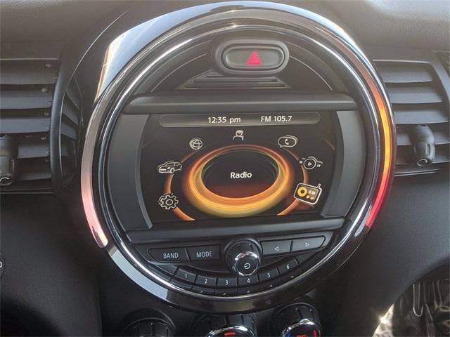 2017 MINI Cooper S photo