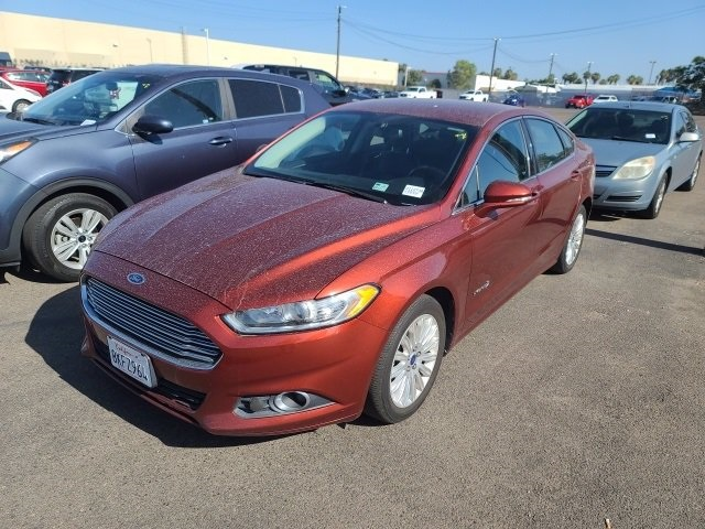 Used-2014-Ford-Fusion-Hybrid
