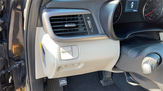 2016 Kia Optima 4dr Car