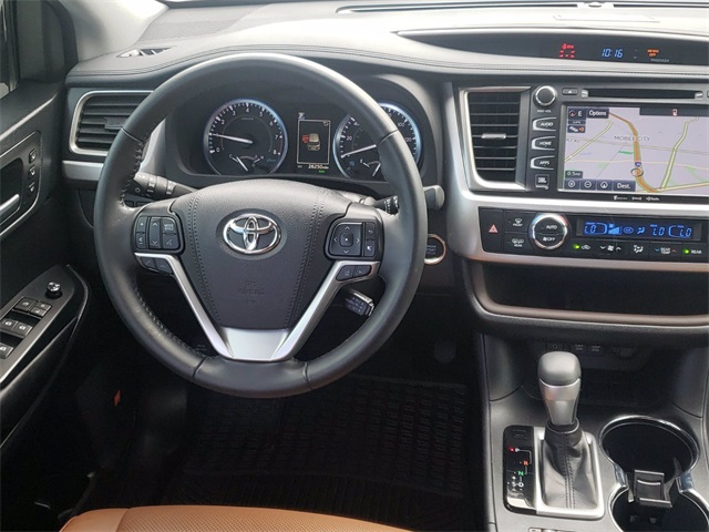 2019 Toyota Highlander Limited photo