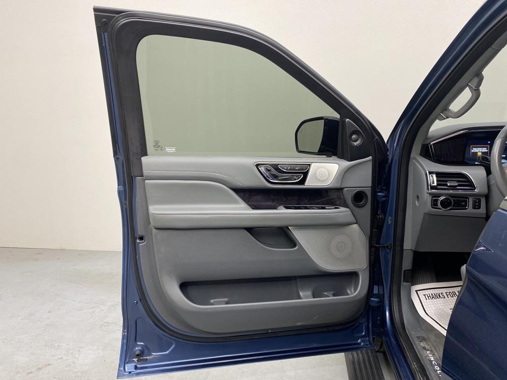 used 2019 Lincoln Navigator