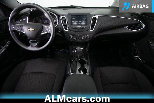 Pre-Owned 2018 Chevrolet Malibu LT