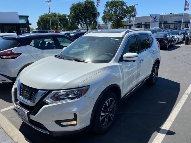 Used-2017-Nissan-Rogue