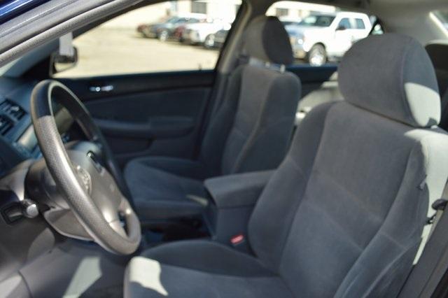 2003 Honda Accord 4dr Car