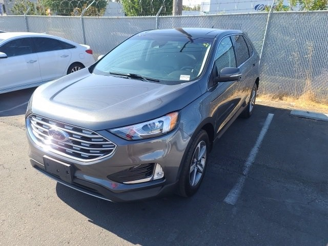 Used-2019-Ford-Edge