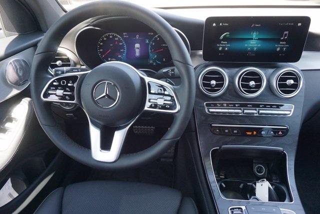 2020 Mercedes-Benz GLC GLC 300 photo