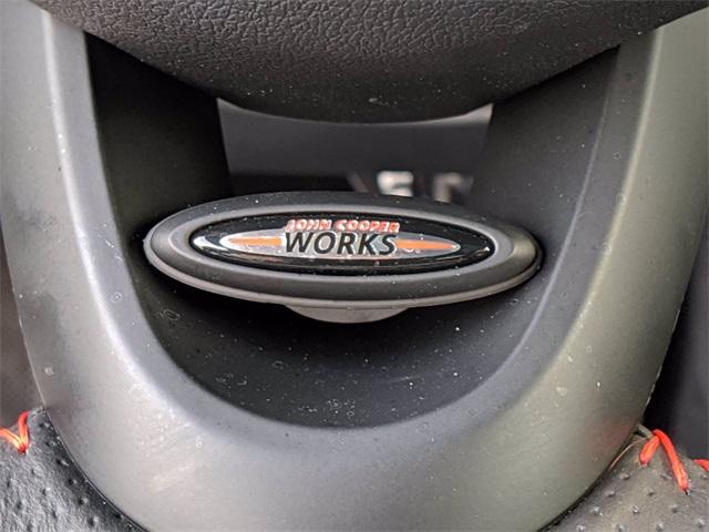 2019 MINI Cooper S  photo