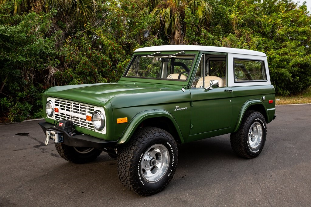 1972 Ford Bronco 2D