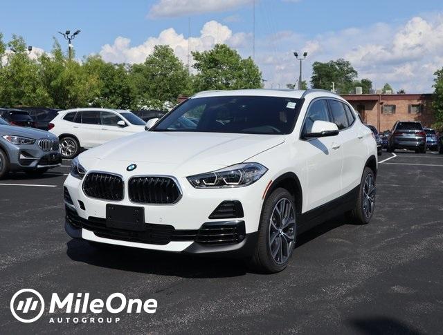new 2022 BMW X2 car